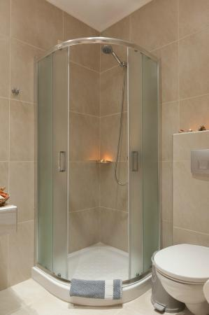 Hotel Athanasia: Μπάνιο