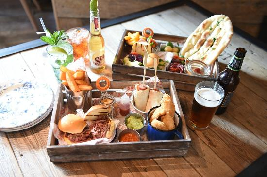 Food crates picture of revolution bar cheltenham for Bar food 46 levallois