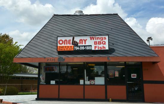 OneWay Smokehouse & Grill