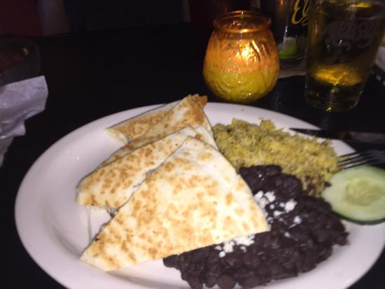 El Rey Burrito Lounge : El Rey's famous chicken quesadilla with black beans and rice.