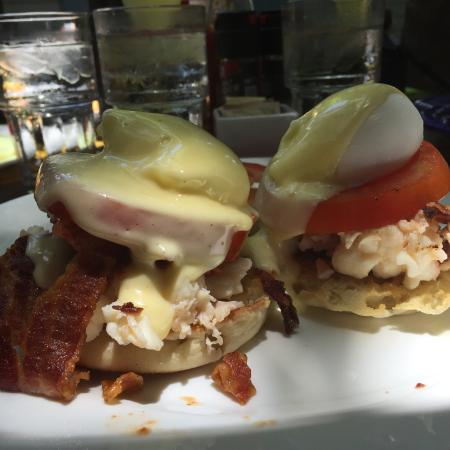 BLT-Bacon,Lobster&Tomato Benedict blast!
