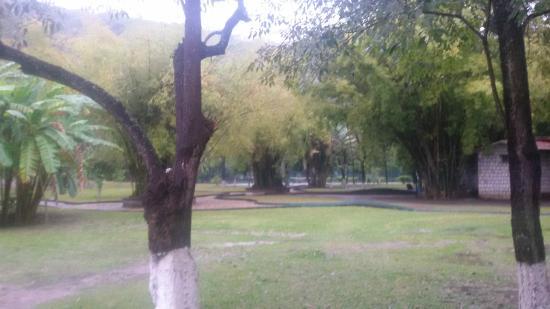 Hotel Spa Taninul : vue du jardin
