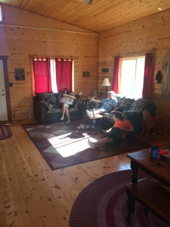 Canyonlands Lodging: Room to stretch out and relax.