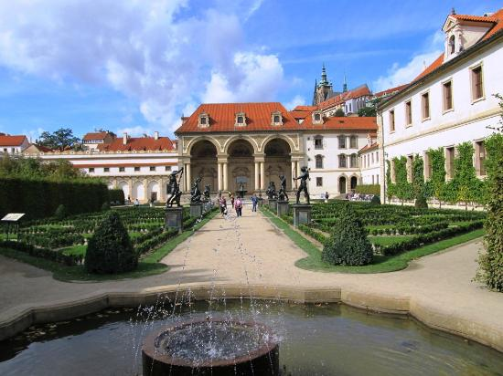 ‪Wallenstein Palace‬