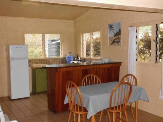 Betham's Beach Cottages: Beachfront Cottage