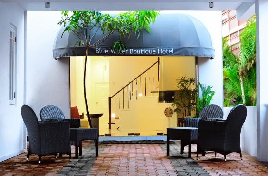 Blue Water Boutique Hotel Negombo