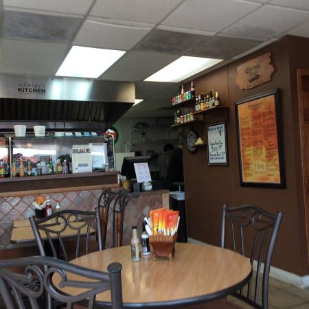 Enrique's mexican and american grill: Dining Area