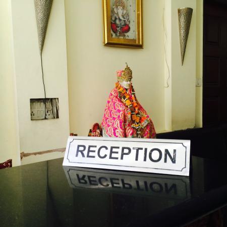 Hotel Sai International : Reception