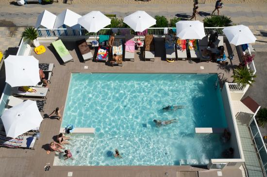 Hotel Canarie : Piscina/ Swimming Pool