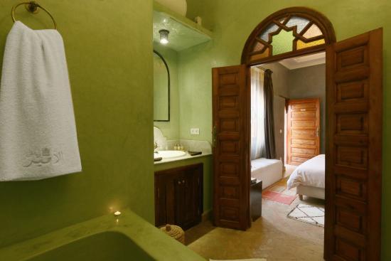 Riad L'Emir : Salle de bain Jawahra