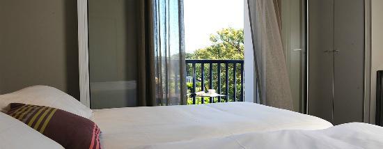 Hotel Villa Goxoa: Chambre avec Balcon et Vue