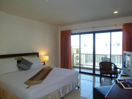 Seven Seas Hotel