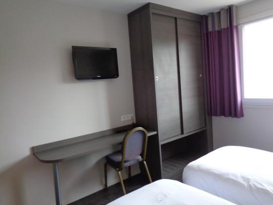 Hotel Des Rosiers : dressing