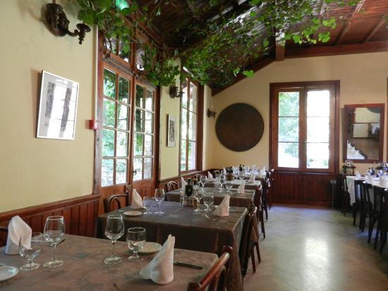 Monte D'Oro : sala da pranzo... con albero incorporato
