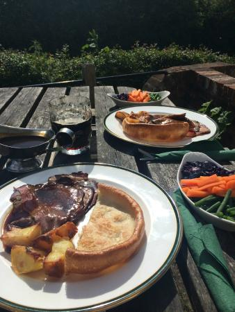 The Swan Inn: Lovely Sunday Lunch