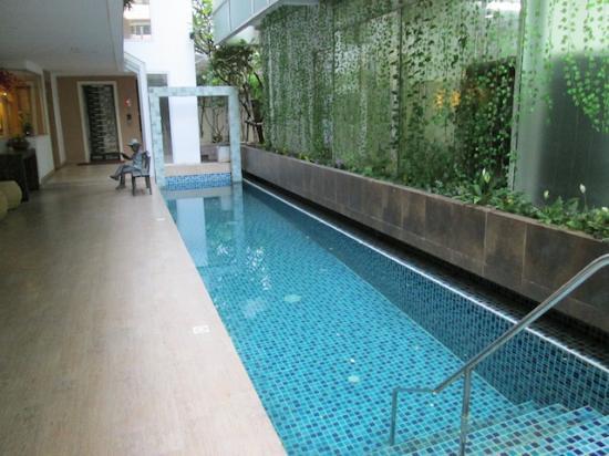 Nantra Retreat & Spa: สระว่ายน้ำ
