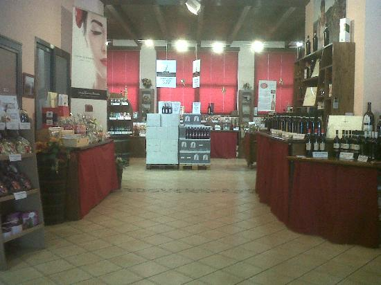 Govone, Italy: interno