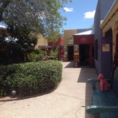 Tubac, AZ: Shelby's Bistro is beyond these colorful shops
