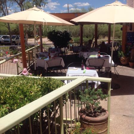 Tubac, AZ: The lovely outdoor patio