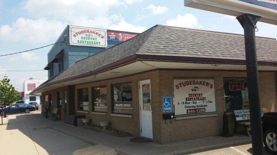 Studebaker's Country Restaurant