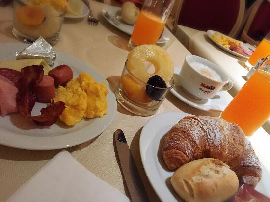 Grand Hotel Barone Di Sassj: グランド ホテル バローネ ディ サッシ