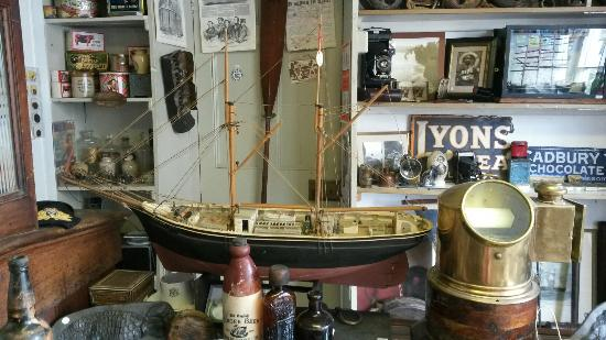 Cape Cornwall Arts & Antiques