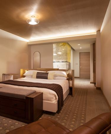 The Envoy Hotel  Autograph Collection  The Envoy Hotel   Guestroom. The Envoy Hotel   Guestroom   Picture of The Envoy Hotel