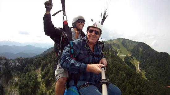 Paraworth Tandem Paragliding: Keith flying with Chaz at Lenggries