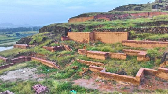Ongole, India: The abandoned stupas of ancient world..!