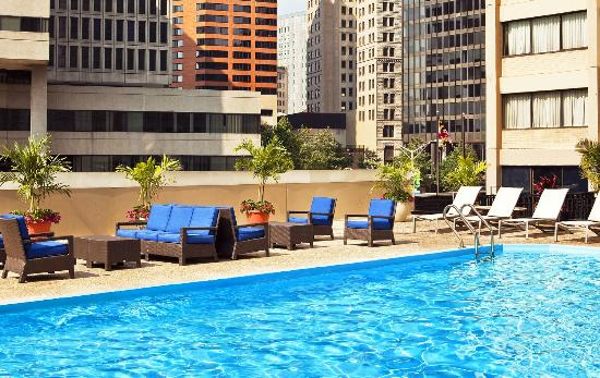 Radisson Hotel Baltimore Downtown Inner Harbor: Rooftop Pool