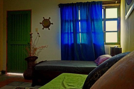 La maison violette cali colombia foto 39 s reviews en for Maison violette