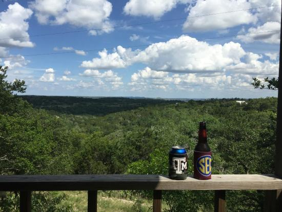 Walnut Canyon Guest Cabins: Canyon view