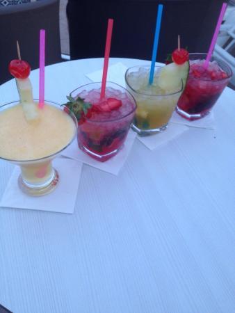 Viva Rey Don Jaime & Spa : Wonderful cocktails ..... well worth the wait :)