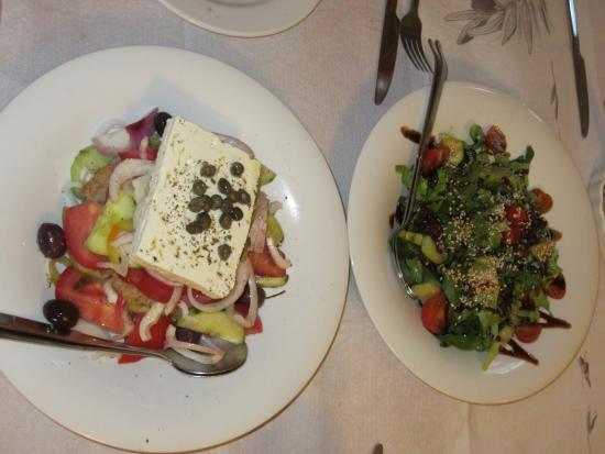 Archontariki: Lovely salads!