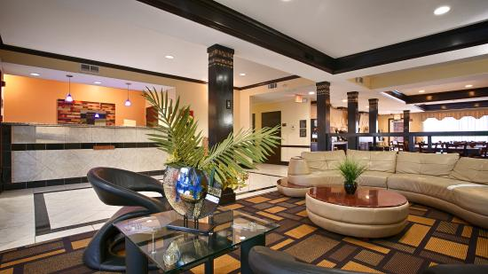 Best Western Plus Addison Galleria Hotel: Lobby