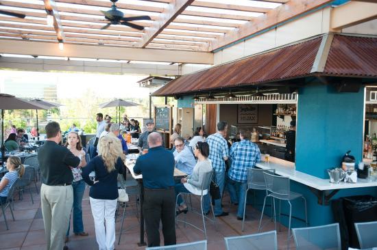 Jax Fish House & Oyster Bar: HiBar
