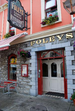 Paddy Foley's Restaurant & Bar