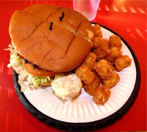 Mossyrock, WA: Dam Bacon Cheese Burger