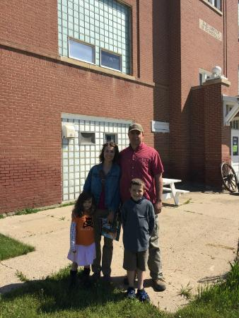 Alexander, ND: First visitors of the 2015 season