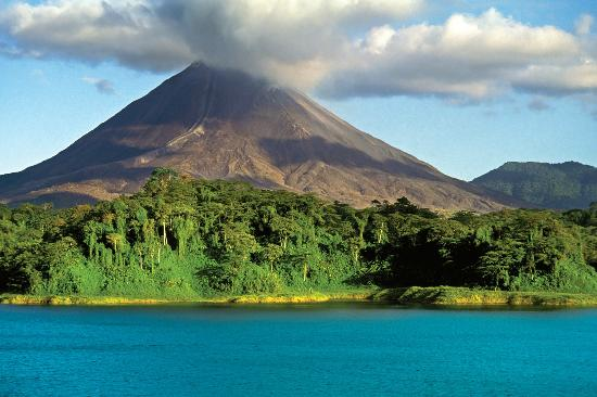 Issys Tours Costa Rica Arenal Volcano Liberia Airport Transfers And Activities In