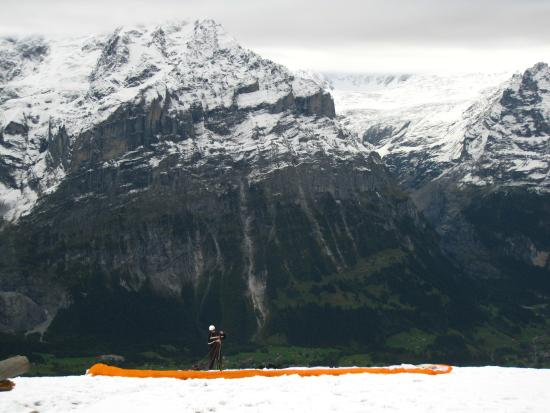 Grindelwald, Ελβετία: Imponent Mountains