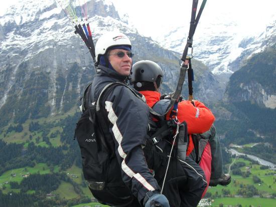 Paragliding Jungfrau : My own paraglide flight