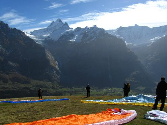 Paragliding Jungfrau: A Perfecy flight day