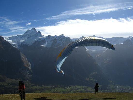 กรินเดลวัลด์, สวิตเซอร์แลนด์: lets try