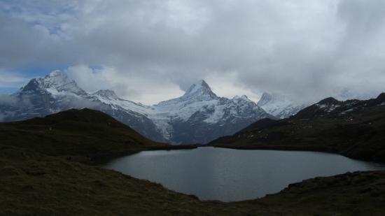 กรินเดลวัลด์, สวิตเซอร์แลนด์: Bachalpsee on a cloudy day