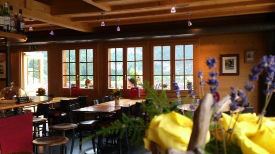 C und M Cafe Bar Restaurant : Grindelwald - C und M - Innen