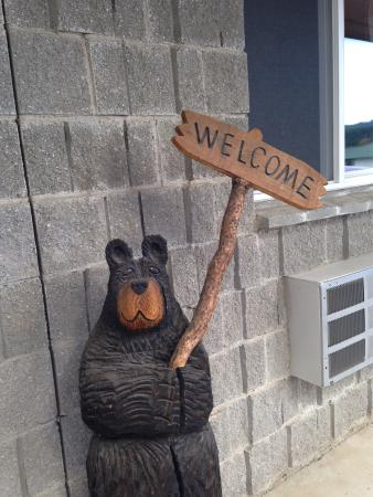 Eagle's Nest Motel: Love the Bears
