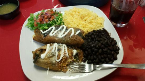 Catalina's Restaurant : Chiles Rellenos -- awesome