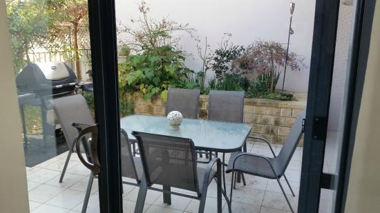 A Colourcity Apartments: Outdoor area