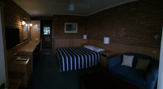 Summerhill Motor Inn : photo0.jpg